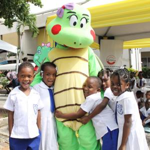 Kids love Bintah! - Bintah and her little friends look very happy at the Early Childhood Commission (ECC) Read Pon Di Cawna in January 2018.
